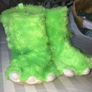Carters monster feet slippers. Size 7/8 Little kid